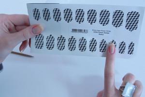 Unhas decoradas com adesivos - como aplicar, dicas, antes e depois